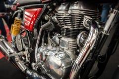一辆强有力的摩托车的引擎 图库摄影