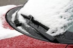 一辆汽车在冬天 库存图片