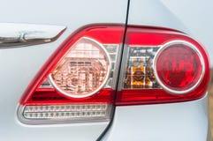 一辆现代汽车的红色背后照明 免版税库存图片