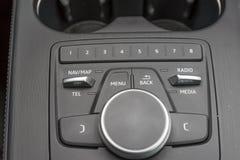 一辆现代汽车的内部概念 免版税库存图片