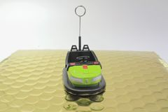 一辆碰撞用汽车的微型图 免版税库存照片