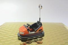 一辆碰撞用汽车的微型图 免版税图库摄影