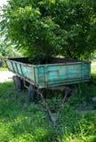 一辆老农业拖车 免版税库存图片
