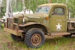 一辆老别动队员卡车在西北地区 库存图片