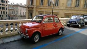 一辆老汽车在热那亚,意大利 免版税图库摄影