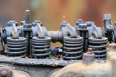一辆老汽车的引擎 库存照片