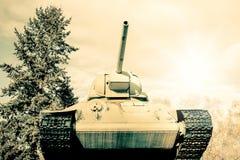一辆老谢尔曼坦克的减速火箭的照片 库存照片