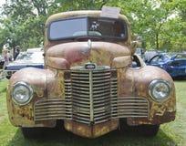 一辆1948个国际性组织KB2卡车的正面图 库存图片