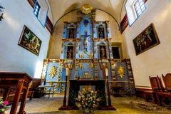 一部分的一个公开国家公园,一个历史的西班牙使命的美丽的更大的教堂在得克萨斯 免版税图库摄影