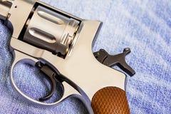 一部分的一把老nagan左轮手枪 免版税库存照片