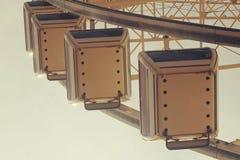 一部分的反对天空葡萄酒神色的弗累斯大转轮 免版税库存图片
