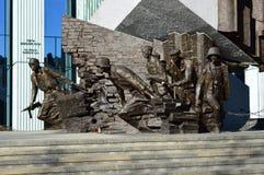 一部分的对华沙起义的纪念碑 免版税库存图片