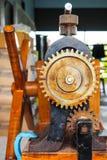 一部分的机器齿轮是组分 免版税库存照片