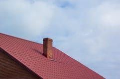 一部分的红铺磁砖的屋顶 库存图片