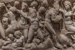 一部分的雕刻一个古老亚洲坟茔 库存照片