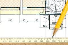 一部分的建筑项目图画、铅笔和统治者 免版税库存图片