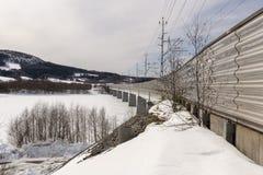 一部分的Botnia铁路足迹在海海湾的一座桥梁 免版税图库摄影