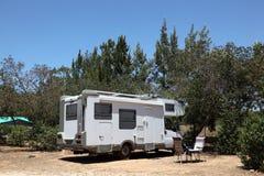 在一个露营地的Motorhome 免版税库存照片