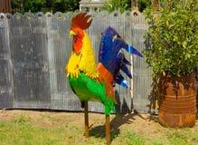一件五颜六色的被手工造的庭院装饰品 免版税库存照片