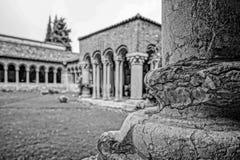 一间修道院的庭院在意大利 图库摄影