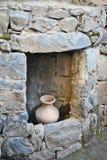 一间古老犹太教堂的废墟在卡茨考古学公园  免版税图库摄影