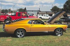 一1968式样Ford Mustang马赫的侧视图我 免版税图库摄影