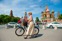 一致的自行车行动的天 库存照片