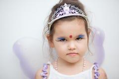 一件神仙的礼服的亚裔女孩 免版税库存照片