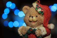 一头逗人喜爱的圣诞节熊 免版税库存图片