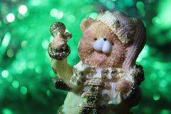 一头逗人喜爱的圣诞节熊 库存照片