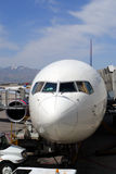 一airoplane的储蓄图象在机场 免版税库存照片
