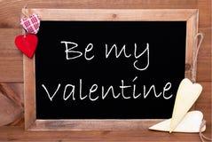 一Chalkbord,红色和黄色心脏,是我的华伦泰 免版税库存图片