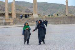 一hijab的妇女在伊朗 免版税库存图片