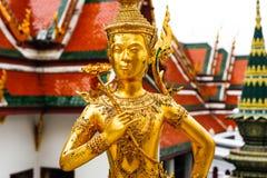 一kinnara,曼谷,泰国的雕象在曼谷玉佛寺的 图库摄影