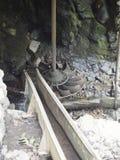 从一watermill从Rudaria, Caras-Severin,罗马尼亚的推进系统 免版税库存照片