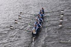 黑丁顿在查尔斯赛船会妇女的青年时期Eights头赛跑  库存图片