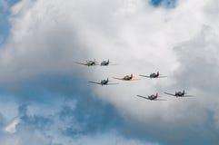 七个AT-6德克萨斯人飞行  库存图片
