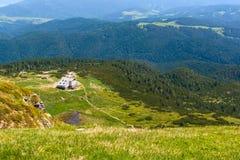 七个Rila湖小屋,保加利亚空中veiw  免版税库存图片