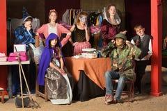 七名剧院学生在化装室 库存图片