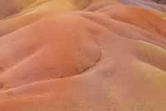 七色的地球,毛里求斯 Chamarel ` s壮观的看法在西南毛里求斯上色了地球沙丘 库存照片
