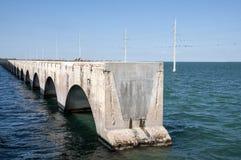 七英里桥梁废墟在佛罗里达群岛 免版税图库摄影