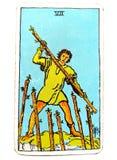 7七鞭子占卜用的纸牌质询反对敌人竞争竞争粗砂决心固执毅力 免版税库存照片
