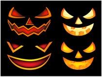 万圣夜可怕南瓜面孔传染媒介例证集合,杰克O灯笼微笑隔绝在黑背景 可怕橙色图片与 免版税库存图片