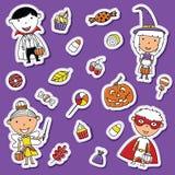 万圣夜小孩和糖果贴纸集合 免版税图库摄影