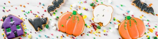万圣夜曲奇饼和糖果 免版税库存图片