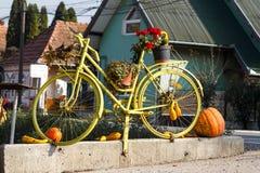 万圣夜自行车 免版税库存照片