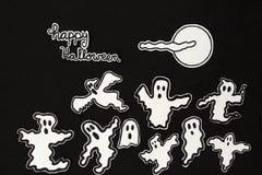 万圣夜装饰鬼魂、月亮、云彩和信件 库存图片