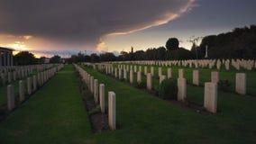 万圣夜,日落的公墓 股票视频