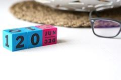 万年历在日期设置了6月20日 免版税库存照片