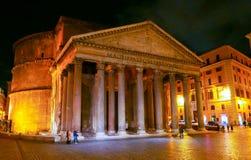 万神殿在罗马-著名地标在历史的区 免版税库存图片